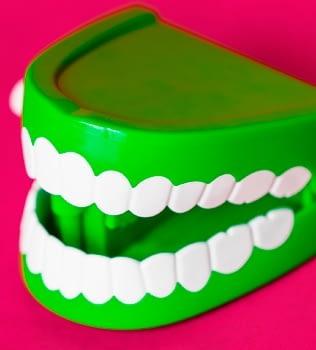 Rechinan tus dientes? Conoce qué es el bruxismo